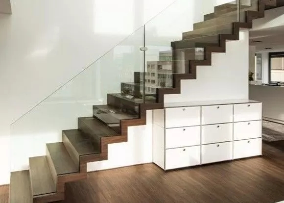 Modern Straight Flight Staircase Zig Zag Stringer Timber Wooden | Wooden Stair Railing With Glass | Custom | Balcony Wooden | Detail | Oak | Wood Treads