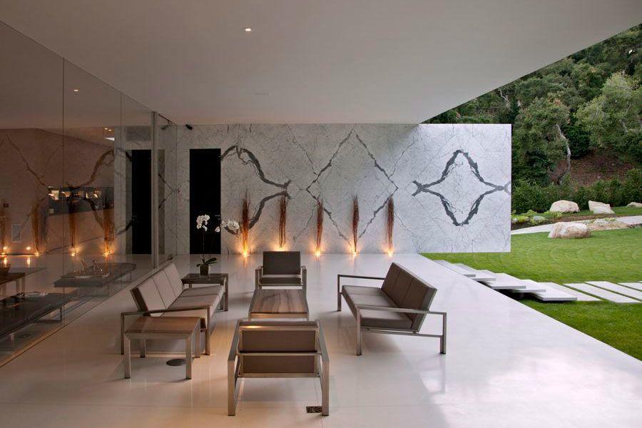 The Ultramodern Glass Pavilion By Steve Hermann