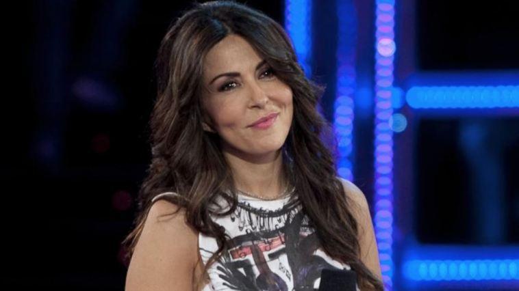 """Sabrina Ferilli cambia look dopo anni e brilla: """"Ancora più bella"""""""
