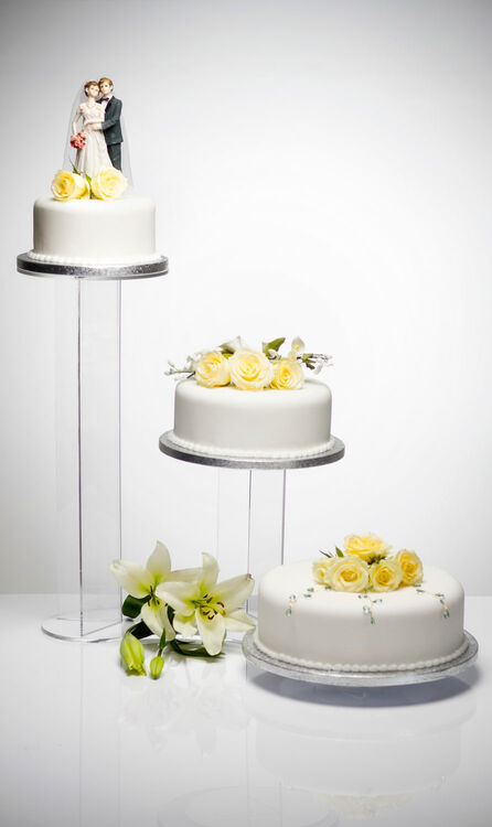 Beautiful  Banana  Design Acrylic Three Tier Cake Stand     Banana Acrylic 3 Tier Wedding Cake Stand additional 2