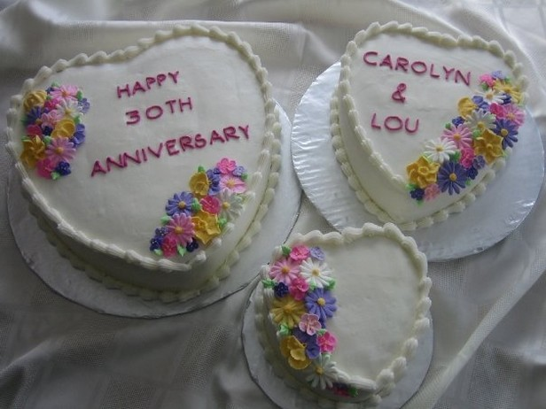 Heart Shaped Anniversary Cakes Photos Jpg 2 Comments