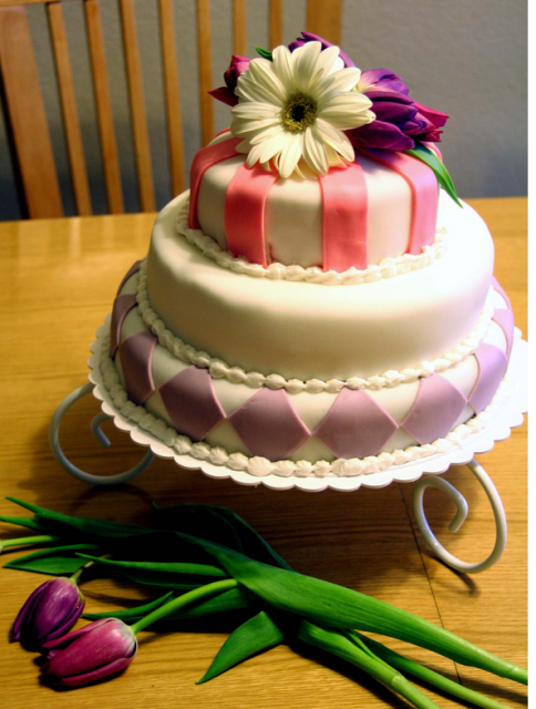 Beautiful Mother S Day Cake With Fresh Flowers Png 5