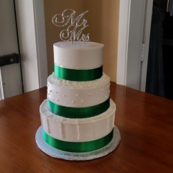 Emerald Green Wedding Cakes With Flowers Gardening Flower And