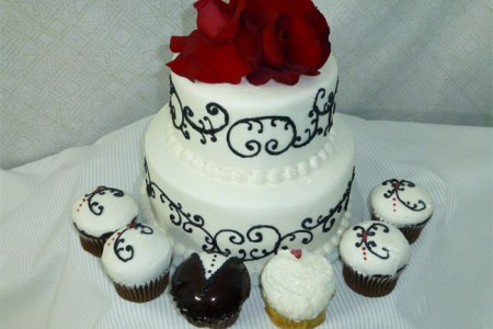 Results for Black And White Wedding Cakes With Cupcakes