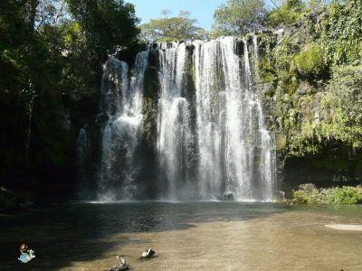 Cataratas Llanos del Cortés en Liberia | Callejeando por ...