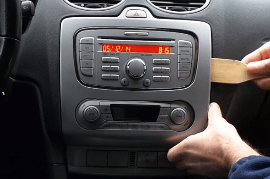 Ford Focus Stereo Removal Tool