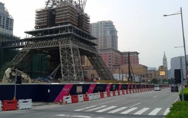Information On The Future Opening Of The Huge Parisian