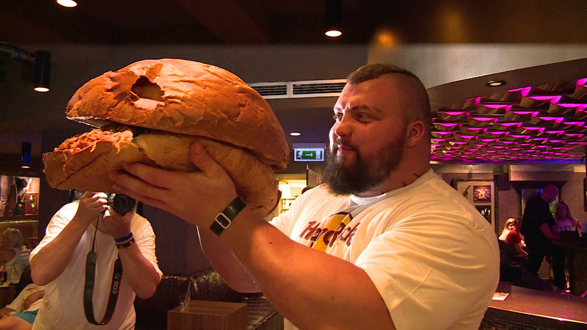 The Powerlifter S Diet Carbohydrates Cast Iron Strength