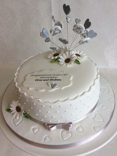 Wedding Anniversary Cakes   Reading Berkshire   South Oxfordshire  UK Modern Silver Wedding