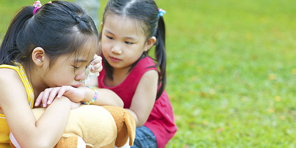 Helping Children Cope with Emergencies | Caring for ...