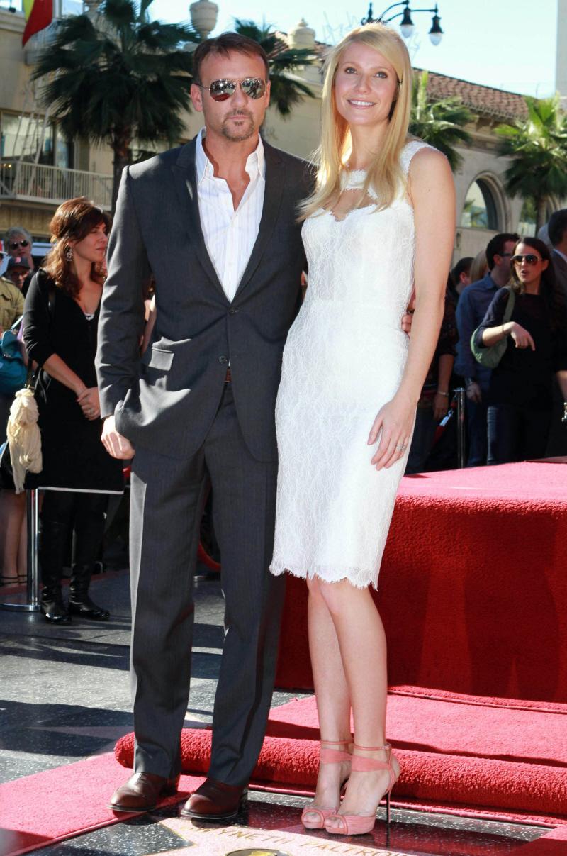 Cele bitchy   Gwyneth Paltrow goops up her Hollywood Walk ...