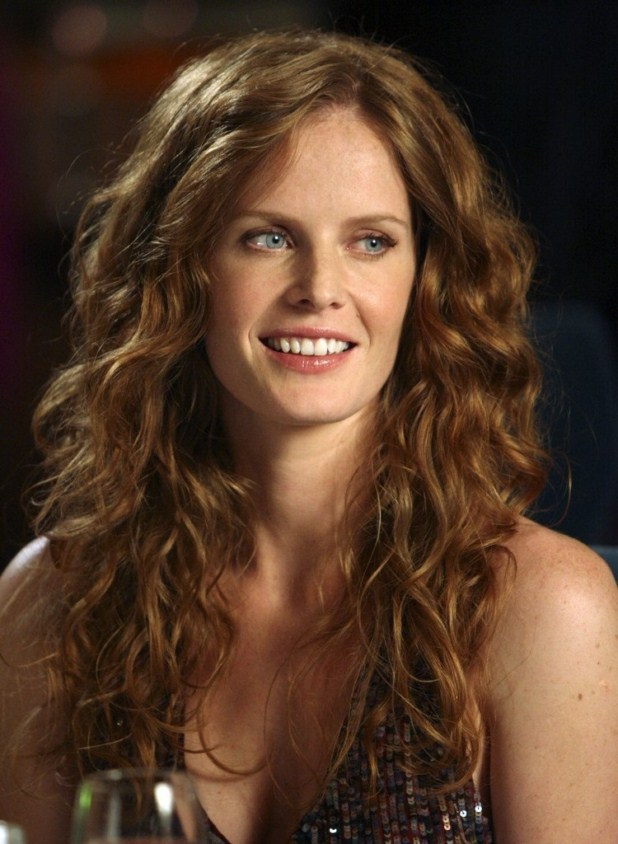 Rebecca Mader Net Worth - Celebrity Sizes