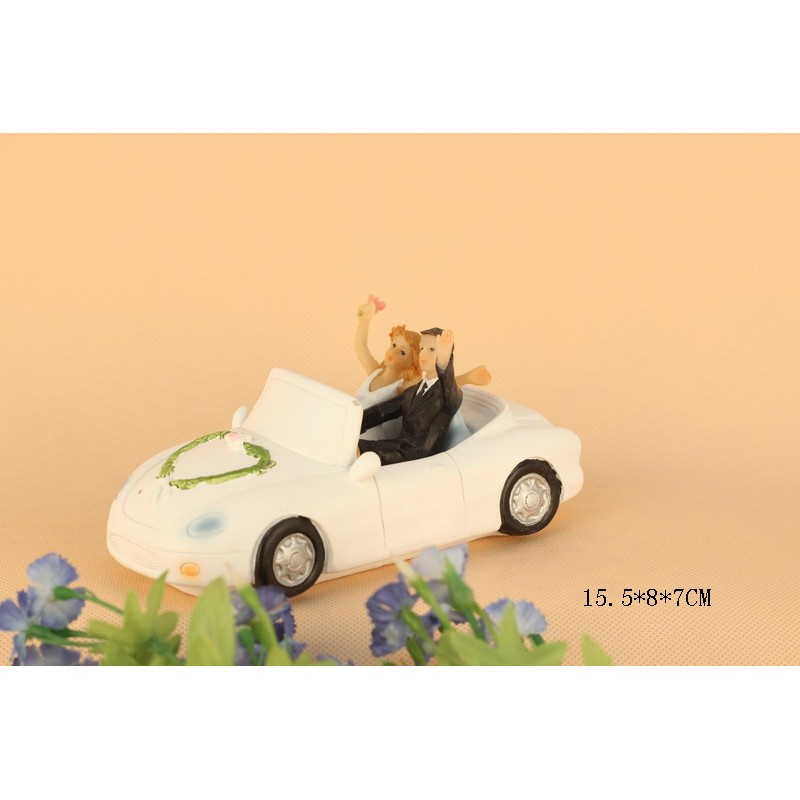 Quick Ship Bride And Groom In A Car Wedding Cake Toppers