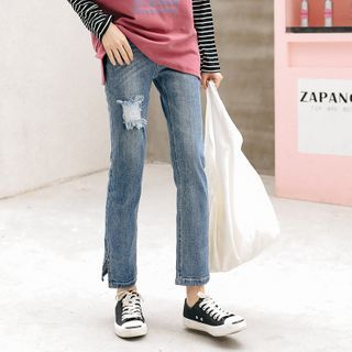 Distressed Slit-Hem Straight-Cut Cropped Jeans