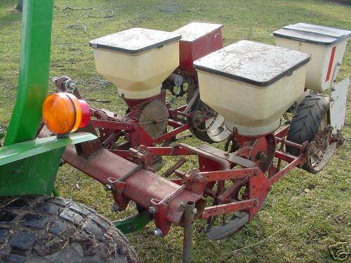 Corn Planter White 5400