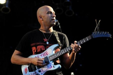 former rage against the machine guitarist tom morello a cubs title matters to the world chicago tribune
