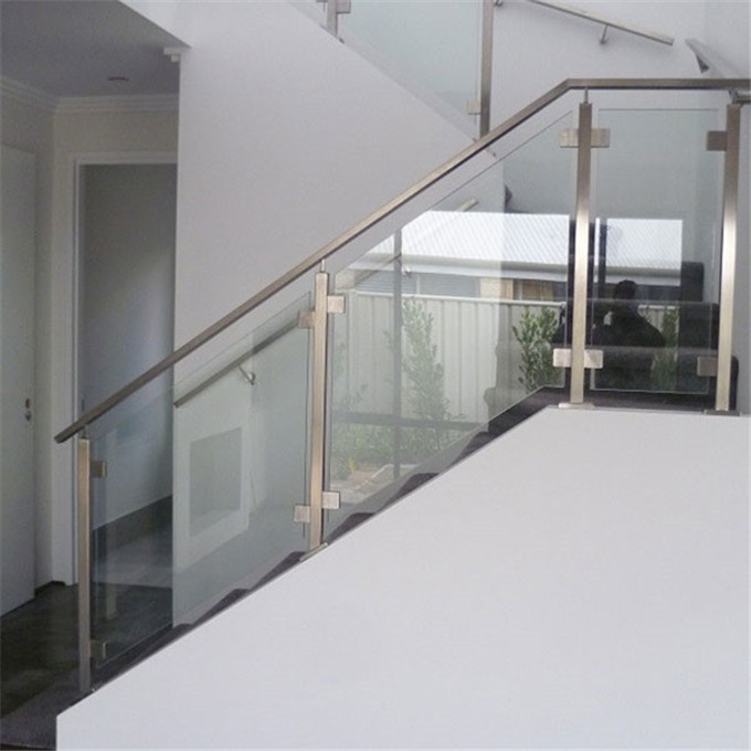 Low Prices Stainless Steel Glass Railing For Stairs | Stainless Steel And Glass Staircase | Residential | New Fashion Glass | Architectural Glass | Galvanized Steel | High End Glass