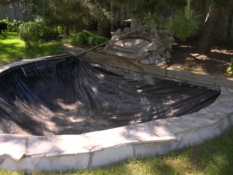 Moulded Garden Ponds