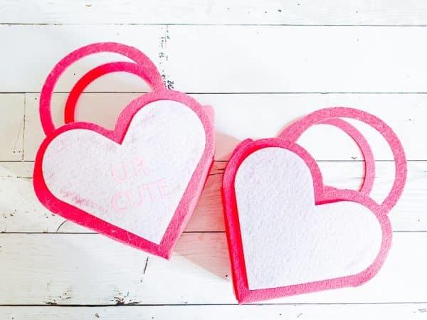 DIY Valentine\'s favor bag