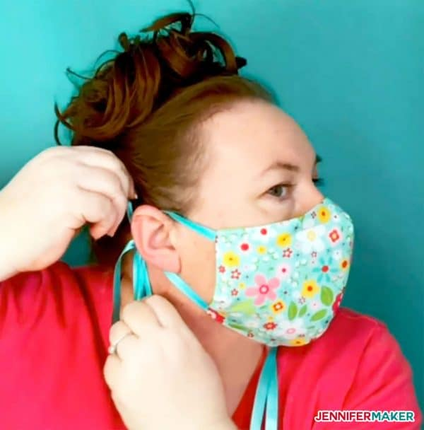 Jennifer Maker Face Mask Tutorial with Ties