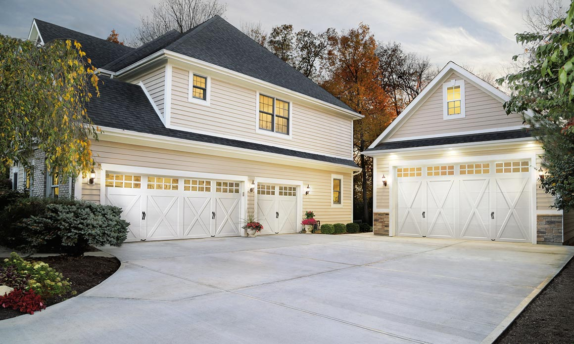 Steel Carriage House Garage Doors   Clopay     Coachman Collection CARRIAGE HOUSE GARAGE DOORS