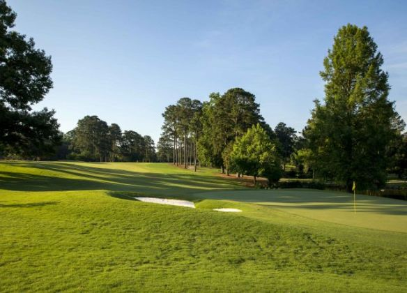 Play Golf in Williamsburg  VA   Colonial Williamsburg Resorts Gold Course  18 green2