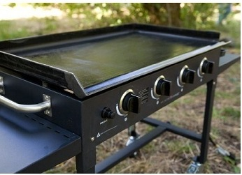 Blackstone 36 in Large Commercial Portable Griddle   Cast Iron Burners     assets images 1050 2 jpg