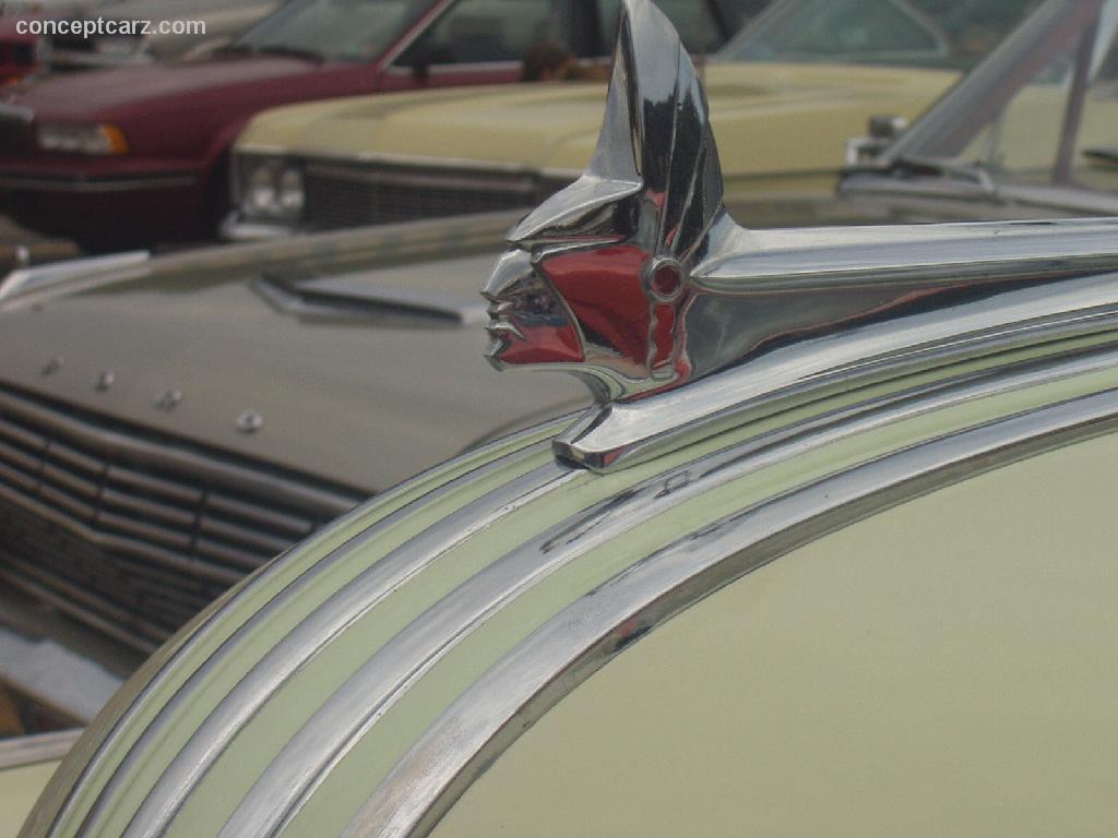 1942 1948 Pontiac Streamliner 1941 Silver Streak