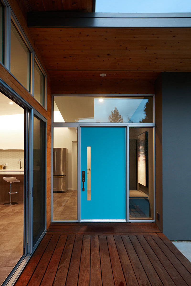 Best Kitchen Gallery: 7 Ex Les Of Colorful Doors That Brighten Up These Modern Homes of Modern Front Doors For Homes  on rachelxblog.com