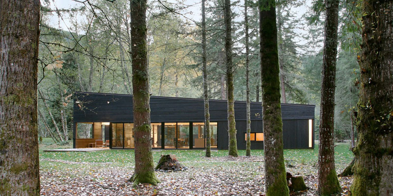 Robert Hutchison Architecture Design A Courtyard House On