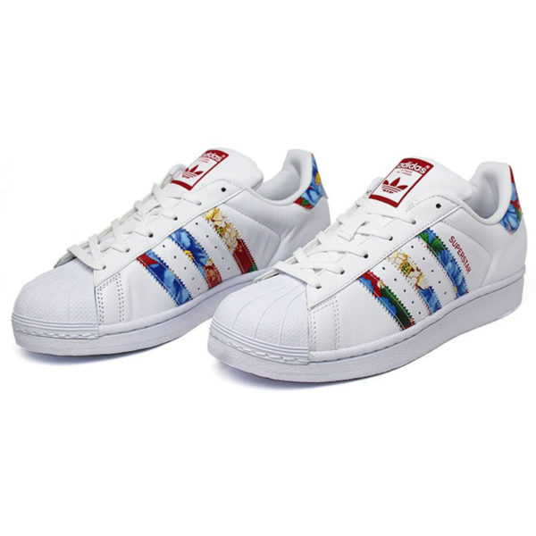 21112c32c ... ireland tênis adidas superstar w farm floral chita original 72228  release date 54d56 adidas superstar flower