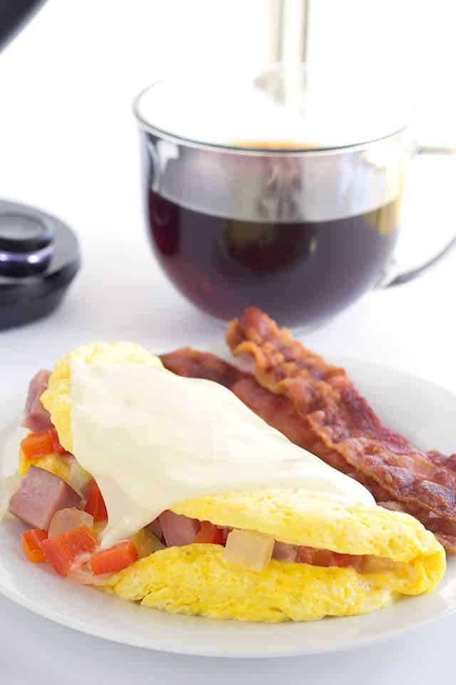 Microwave Western Omelet - easy microwave western omelets loaded with red peppers, onions, and ham.