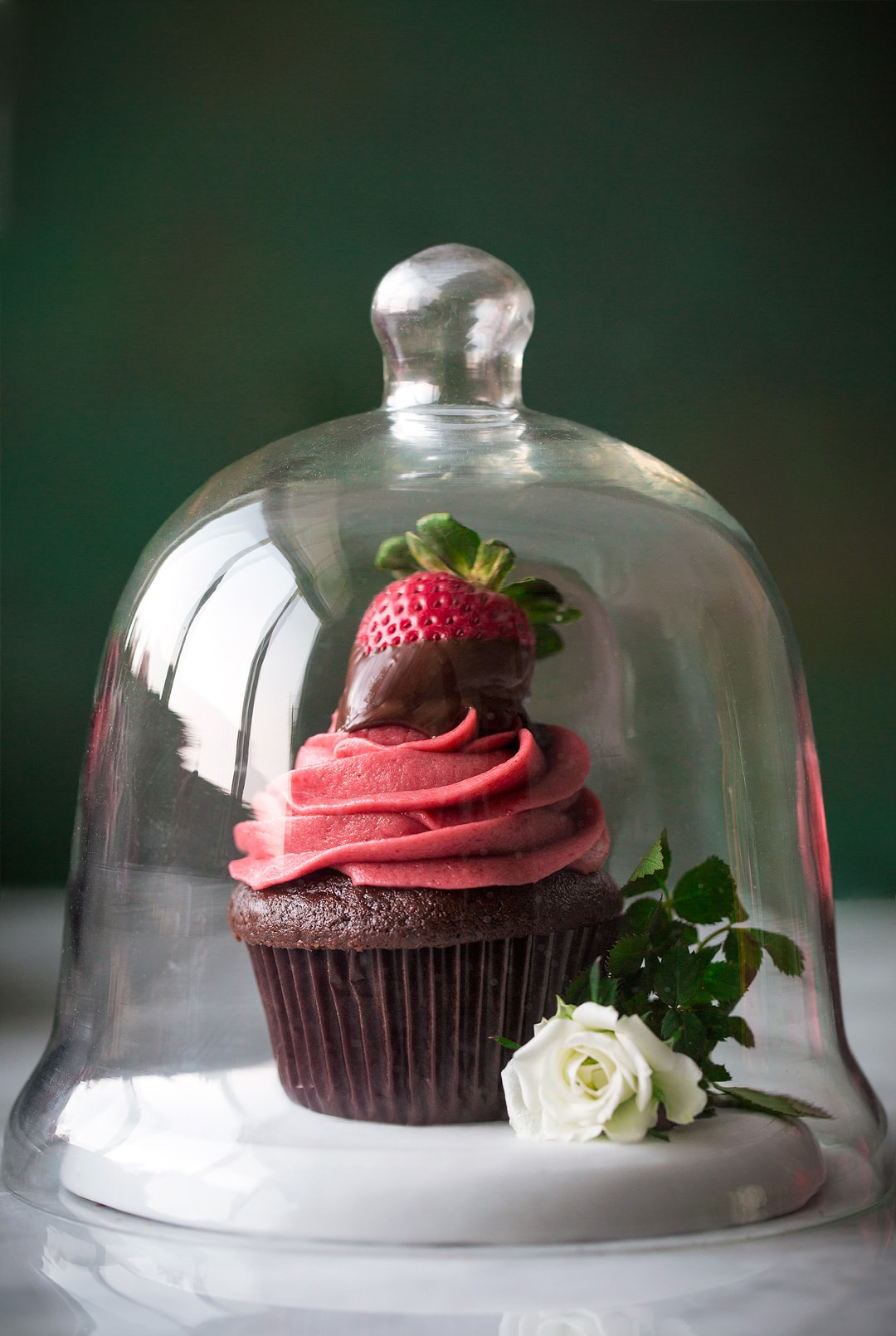 Chocolate Cupcakes With Strawberry Frosting Cooking Classy