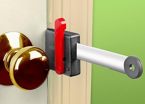 Zelco Lock Up Portable Door Lock Adds An Extra Barrier To
