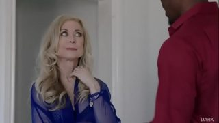 Interracial Fuck with Nina Hartley Sitting on the Blind Side