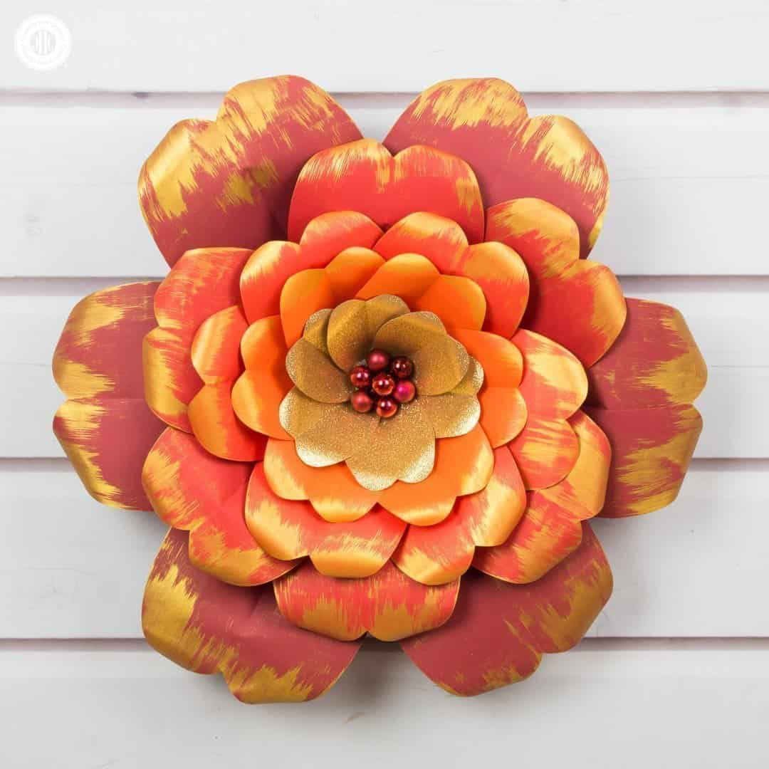 Red and Gold Paper Flowers with a Printable Template   Country Hill     Learn how to make giant red and gold paper flowers  We worked with vibrant  shades