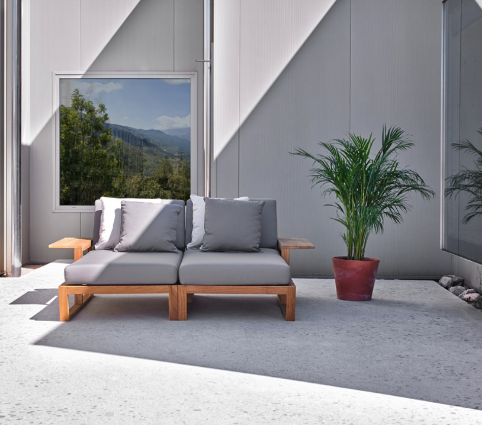Quality Teak Outdoor Furniture