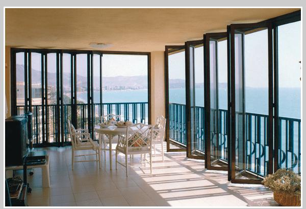 Crl Monterey Bi Folding Glass Wall System