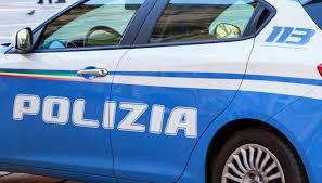 Napoli, controlli nella polizia nella Movida dei Decumani: 140 identificati