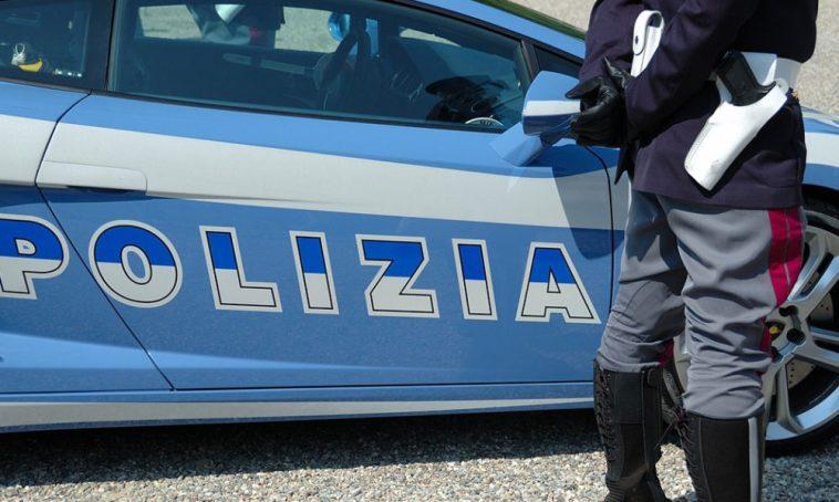 Napoli, aggredisce un anziano a Soccavo: denunciato