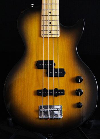 Short Scale Lesquire Bass Crook Custom Guitars