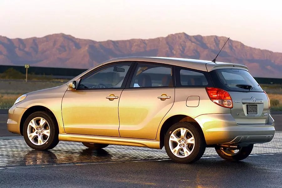 2003 Toyota Matrix Reviews Specs And Prices Cars Com