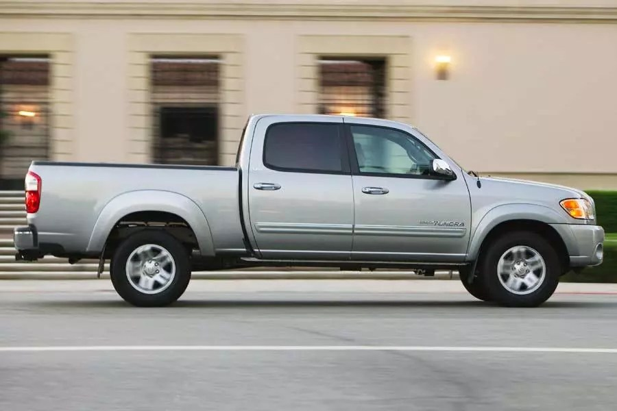 2004 Toyota Tundra Specs Pictures Trims Colors Cars Com