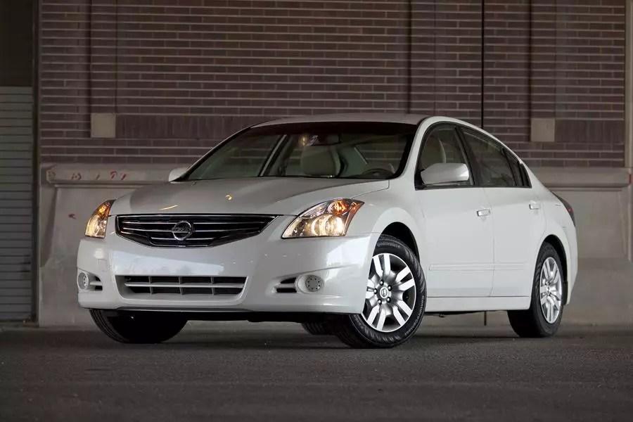 2012 Nissan Altima Specs Pictures Trims Colors Cars Com