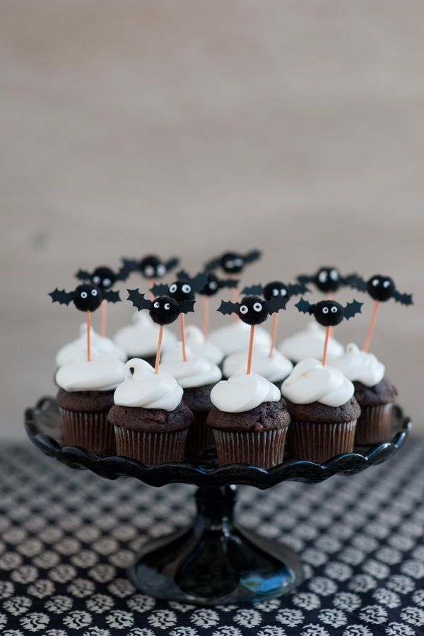 36 Scary Halloween Cupcake Toppers Cupcakes Gallery