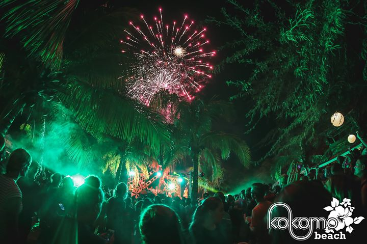 full moon party op kokomo beach