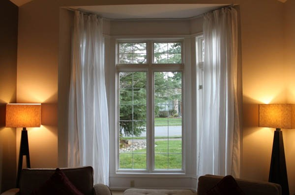 Using A Flexible Curtain Track For Your Bay Window