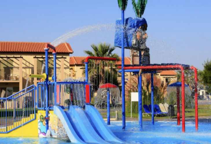 водные горки для детей Labranda Marine Aquapark Греции  с детьми ТОП-17 лучших отелей Греции для отдыха с детьми o2