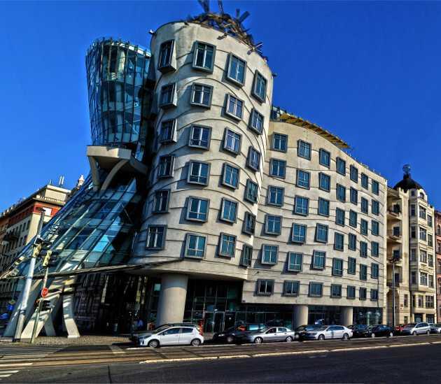 танцующий дом Что посмотреть и куда сходить в Праге Что посмотреть и куда сходить в Праге: ТОП-25 достопримечательностей dom