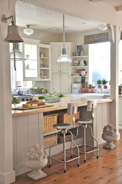 Shabby chic kitchen decor - Daily Dream Decor